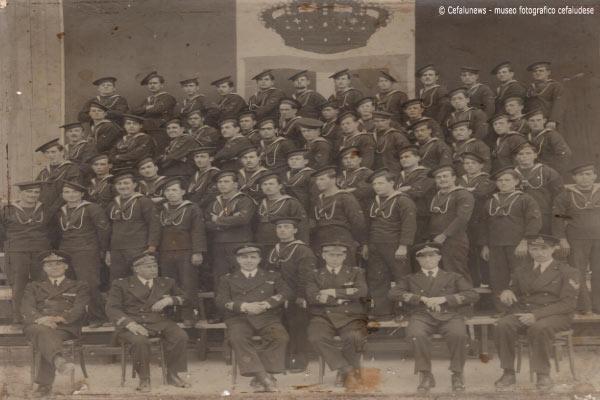 1934 Giuseppe Glorioso foto gruppo con i suoi commilitoni