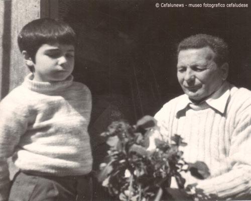 Giuseppe Glorioso con il nipotino Romeo Guarnera figlio di Pina