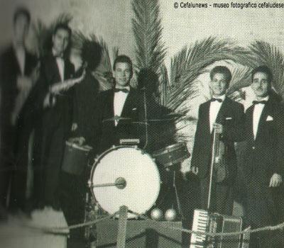 """1956 Cefalù orchestrina Cefaludese """"Rainbow"""" in cui andava a suonare il giovanissimo Salvuccio Cicero con il suo violino"""