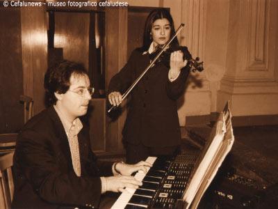 Maria Elisa violinista ed il fratello Francesco al piano