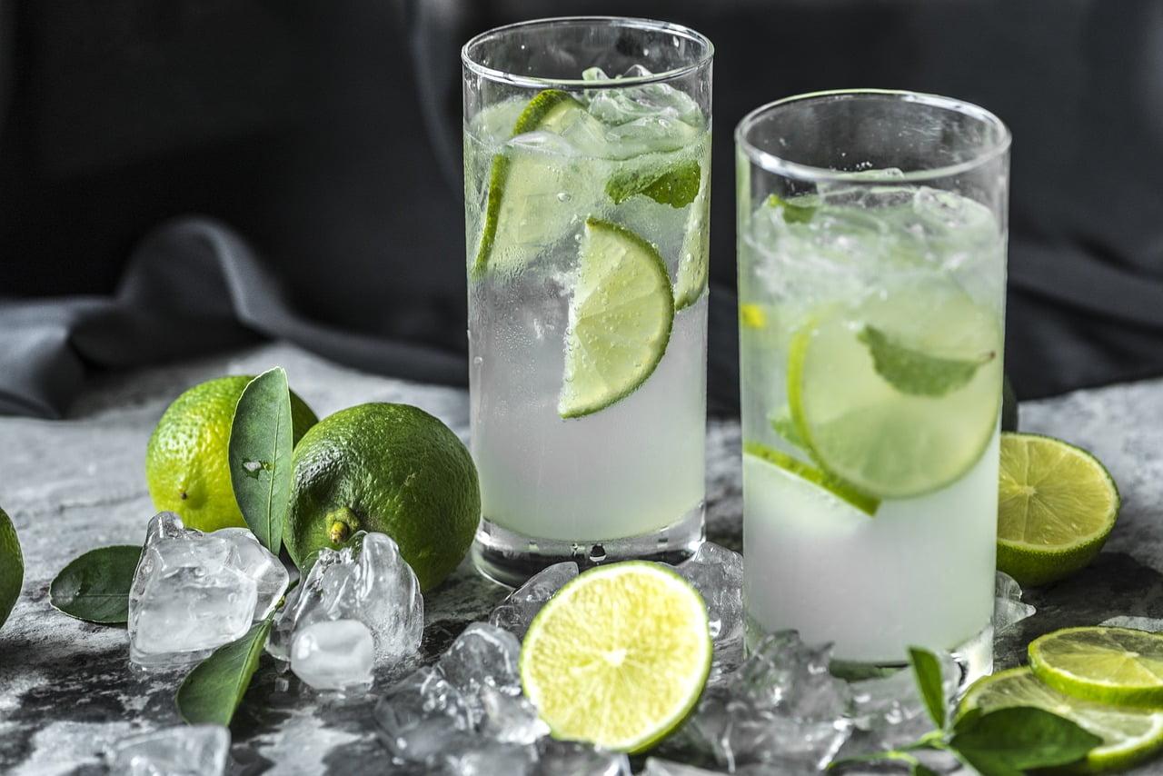 si puo dimagrire con acqua e limone