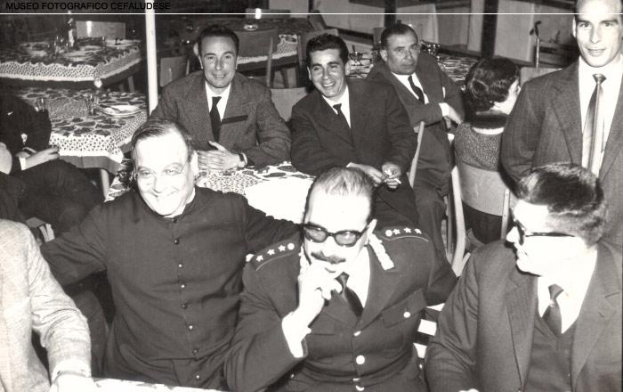 1961: Inaugurazione dell'hotel Santa Lucia. Nella foto l'abbate Cicero, il capitano Randone, Serio e Nino D'Anna